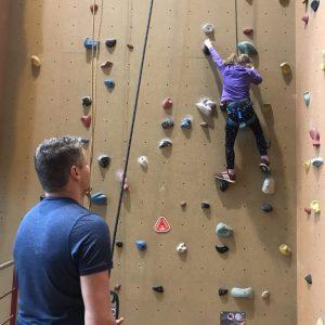 Vader kind klimmen